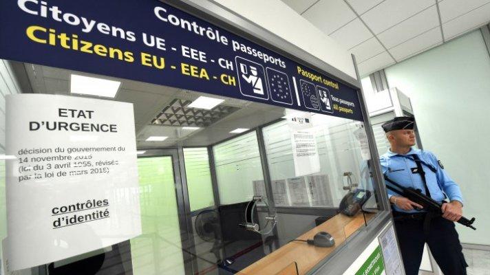 25012016-schengen-passport-control_0.jpg